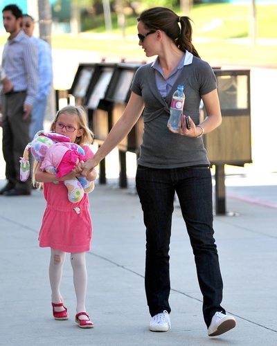 Jen out & about in Santa Monica 4/27/11