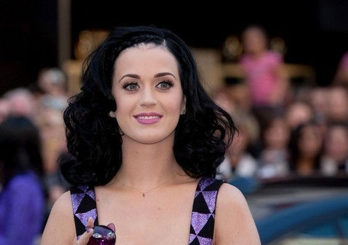 Katy Purrs Launches Her Fragrance