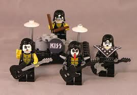 kiss (lego figures)