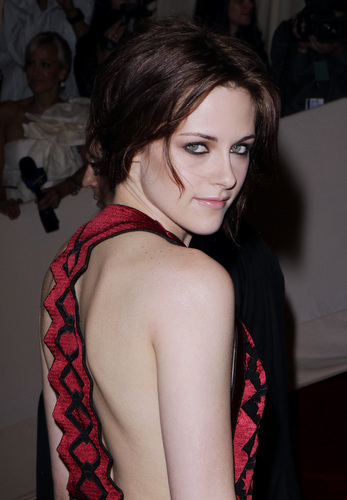 Kristen Attends The 2011 Met Gala In NYC