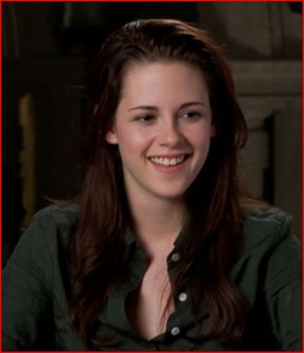 Kristen- Behind the Scenes ( New Moon )