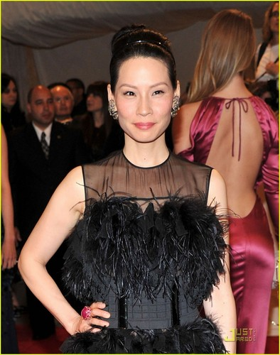 Lucy Liu - MET Ball 2011