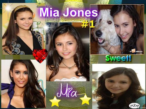 Mia Jones