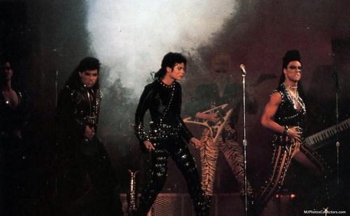 Michael Jackson BAD tour <3
