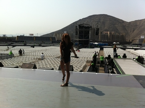 Miley - At Soundcheck on Tour in Lima, Peru (1st May 2011)