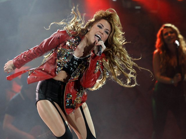 Miley - Gypsy Heart Tour (2011) - On Stage - Lima, Peru - 1st May 2011 - miley-cyrus photo