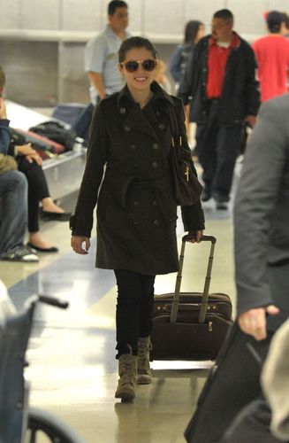 New photos of Anna in LAX