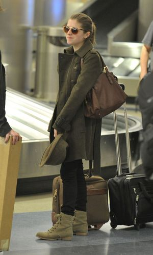 New фото of Anna in LAX