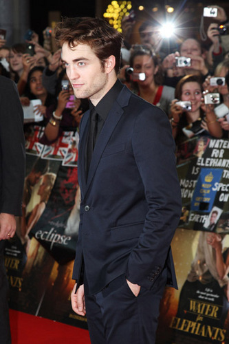 ROB AT UK PREMIERE
