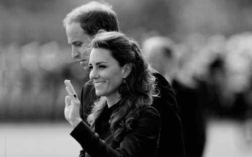 Royal Romance - prince-william-and-kate-middleton Wallpaper