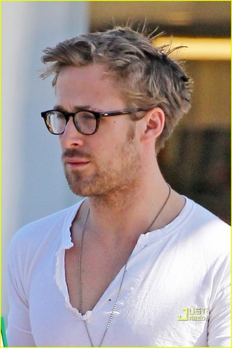 Ryan Gosling: Coffee Break!