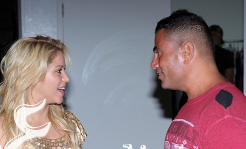 Shakira needs a careful man !