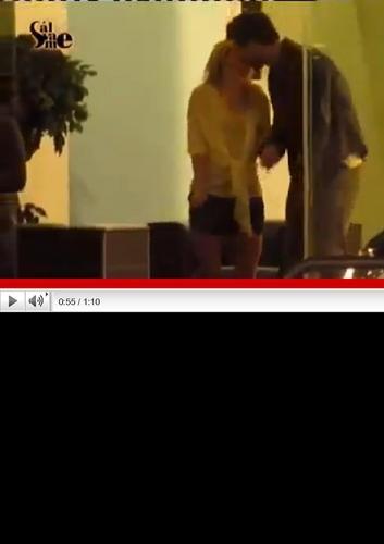 Шакира seduces tonque Piqué