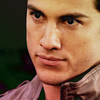Información de los personajes cannon {The Vampire Diaries} Tyler-tyler-lockwood-21660661-100-100
