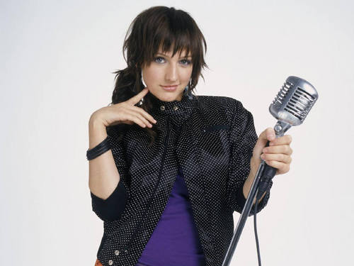 Ashlee Simpson wallpaper possibly with a spatula called ashlee simpson