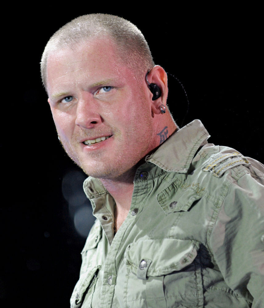how tall is corey taylor