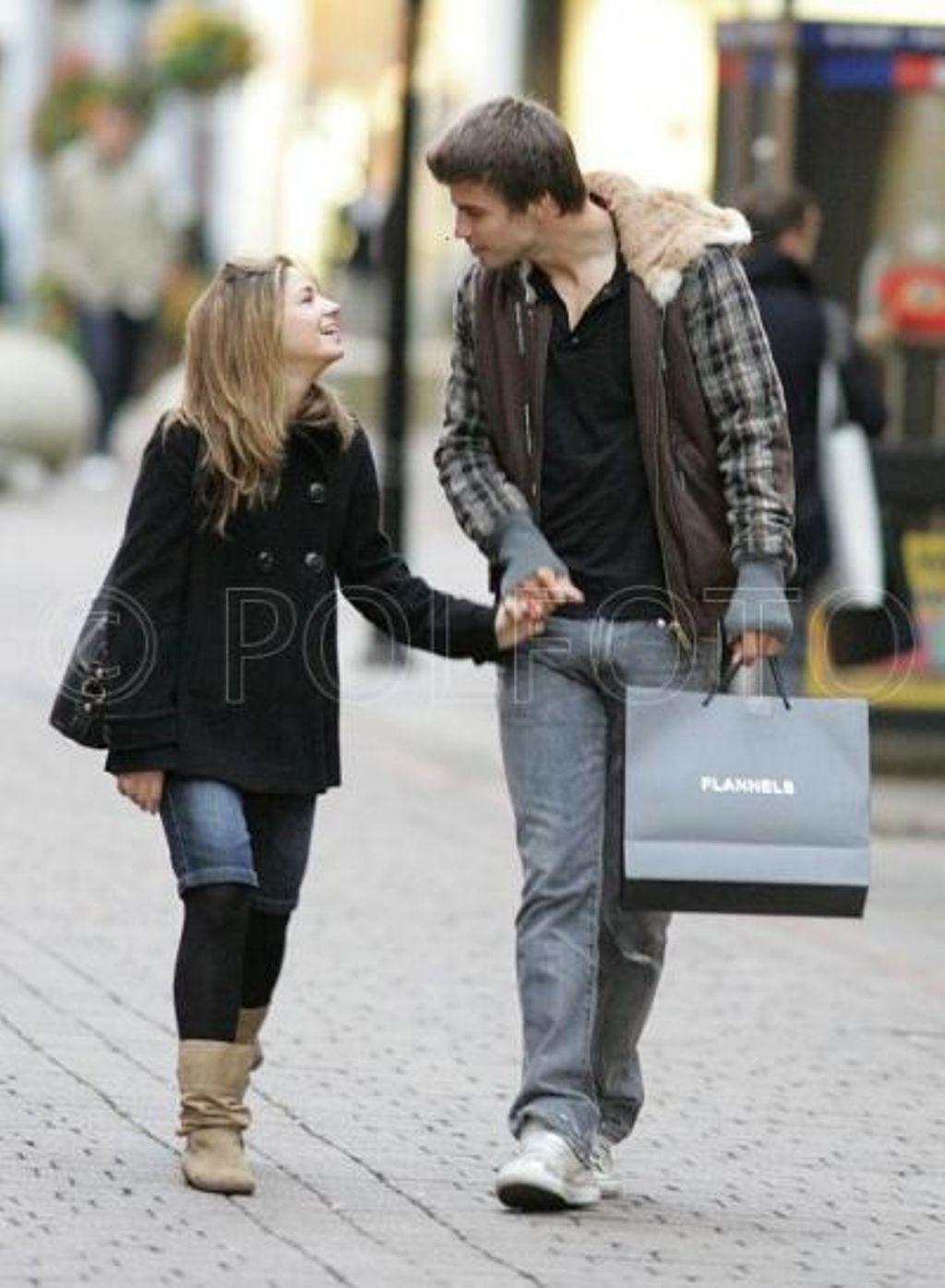Gerard Piqu  233  ex girlfriend Anna Molins and Piqu  233 Gerard Pique Girlfriend