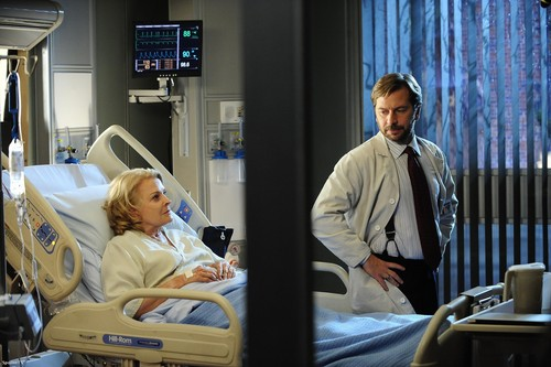 7.11 'Family Practice' Promotional Picture