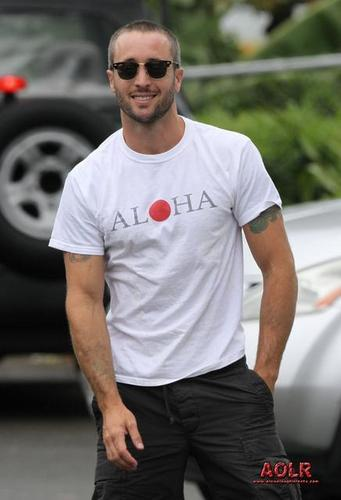 Alex was spotted enjoying breakfast in Oahu on May 5, 2011