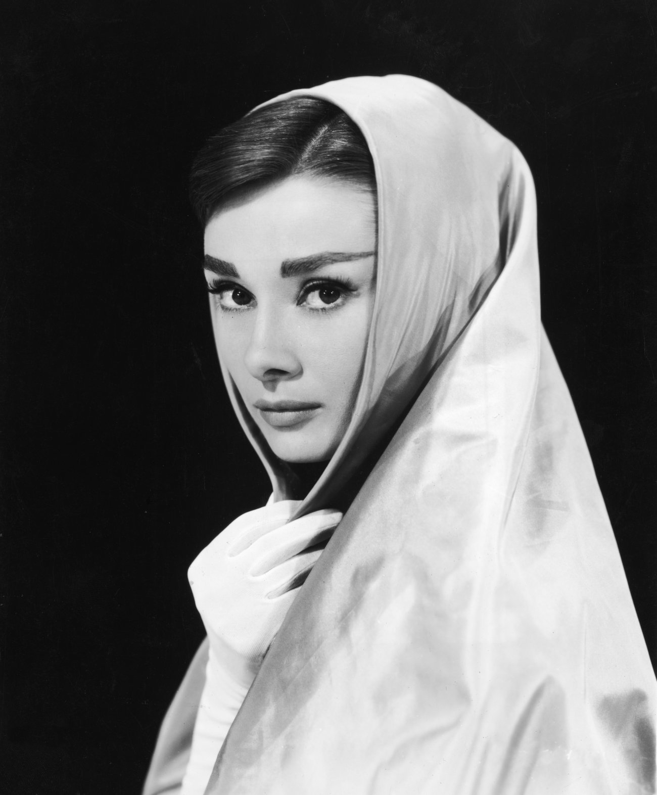audrey hepburn images audrey hepburn hd wallpaper and background photos 21766554. Black Bedroom Furniture Sets. Home Design Ideas