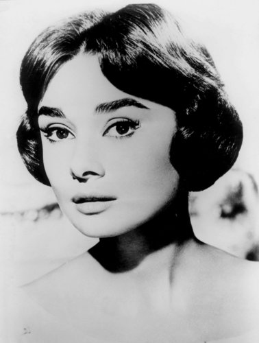 Audrey Hepburn پیپر وال containing a portrait called Audrey Hepburn