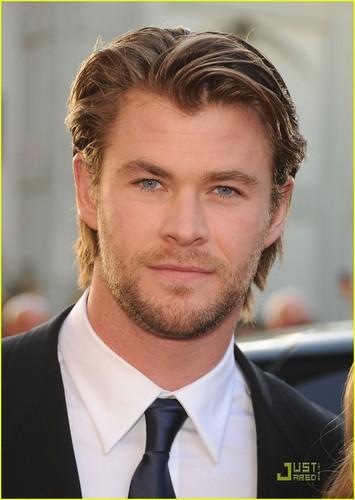 Chris Hemsworth & Elsa Pataky: Thor Premiere