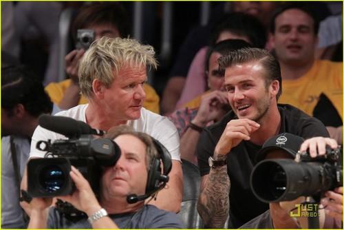 David Beckham & Gordon Ramsay Watch The Lakers Lose