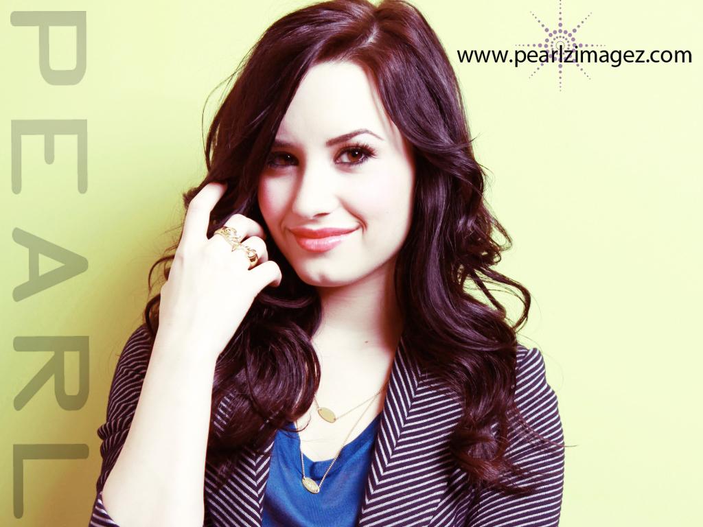 Demi Lovato  by pearl
