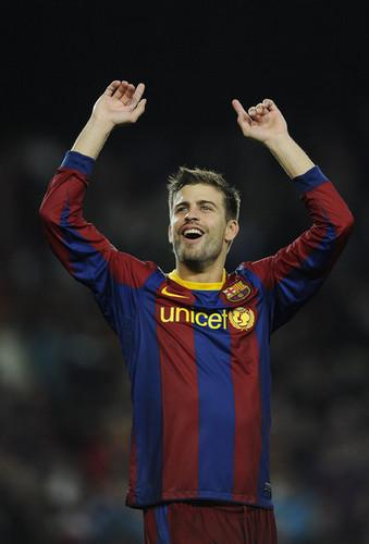 G. Pique (Barcelona - Real Madrid)