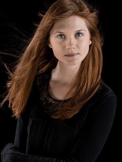 Ficha de Ginny Weasley Ginny-Weasley-promo-pics-ginevra-ginny-weasley-21703501-389-518