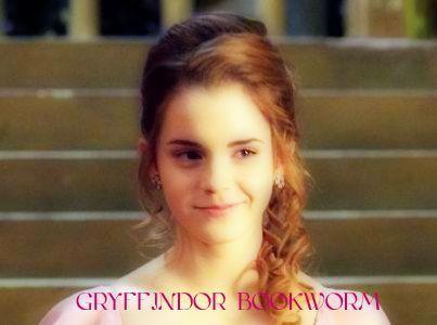 Gryffindor Bookworm