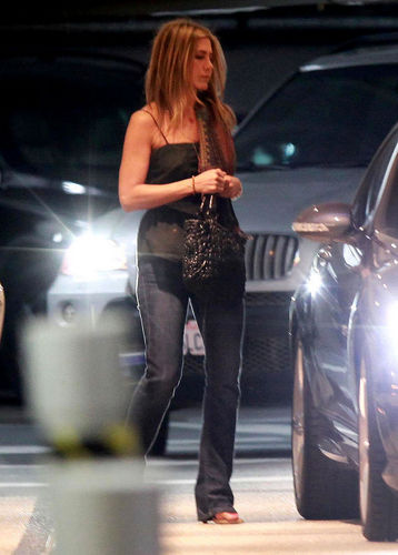 Jennifer Aniston Out with a Mystery Man-photo