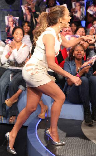 "Jennifer - US Talk Shows - BET's ""106 & Park"" - 03 May 2011"