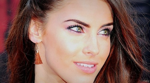 Jessica Lowndes Обои with a portrait titled Jessica;