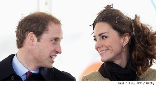 Kate Middleton वॉलपेपर containing a business suit and a portrait titled Kate Middleton and Prince William
