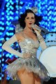 Katy :)  - kesha-vs-katy-perry photo