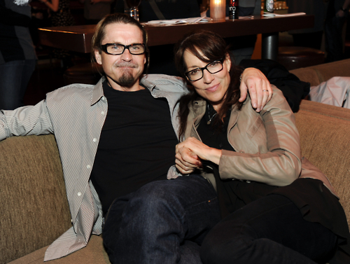 Sons Of Anarchy wallpaper containing a family room, a living room, and a drawing room called Kurt Sutter & Katey Sagal