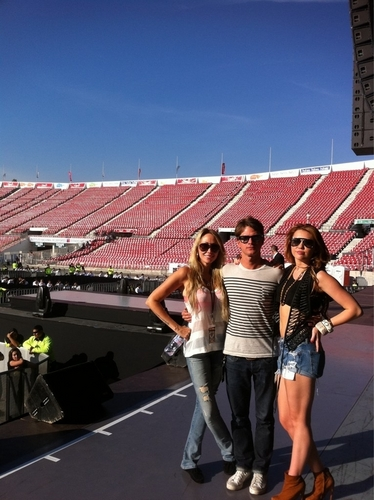 Miley - At Soundcheck on Tour in Santiago, Chile (4th May 2011)