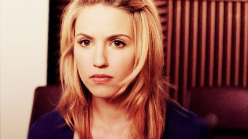 Quinn Fabray wallpaper with a portrait called Quinn.