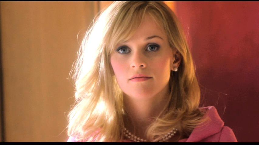elle woods legally blonde Legally blonde is a 2001 american comedy film based on the novel of the same name by amanda brownit was directed by robert luketic, scripted by karen mccullah lutz and kirsten smith, and stars reese witherspoon, luke wilson, selma blair, matthew davis, victor garber, and jennifer coolidgethe film tells the story of elle woods, a sorority.