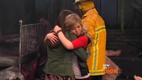 Sam hugging crying Carly