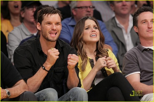 Sophia kichaka & Austin Nichols Watch The Lakers Lose Game 2