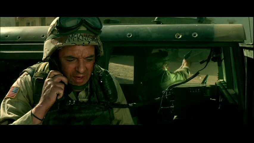 Tom-in-Black-Hawk-Down-tom-sizemore-2174