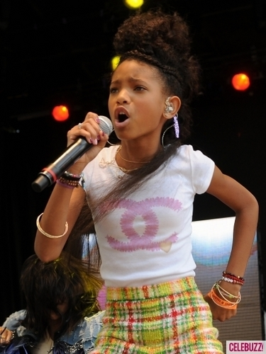 Willow Smith 壁纸 titled Willow Smith performance at the White House