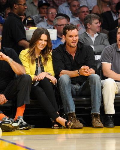 sophia and Austin at Lakers Game