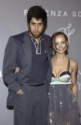 Adam & Christina Ricci @ Fall 2005 Proenza Schouler Fashion 表示する