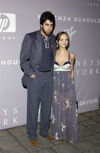 Adam & Christina Ricci @ Fall 2005 Proenza Schouler Fashion दिखाना