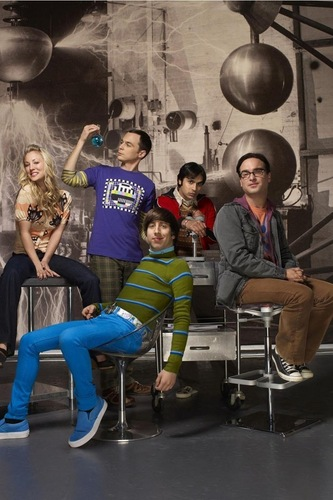 the big bang theory wallpaper probably containing a konser and a living room called Big Bang Theory