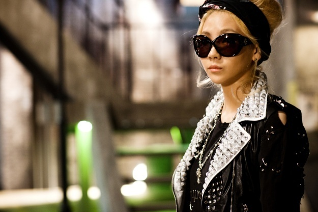 ~MV's~ CL-Lonely-Promo-2ne1-21880206-625-416