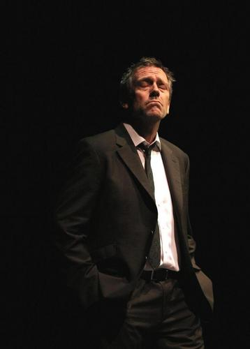 Hugh Laurie Manchester,07.05.2011
